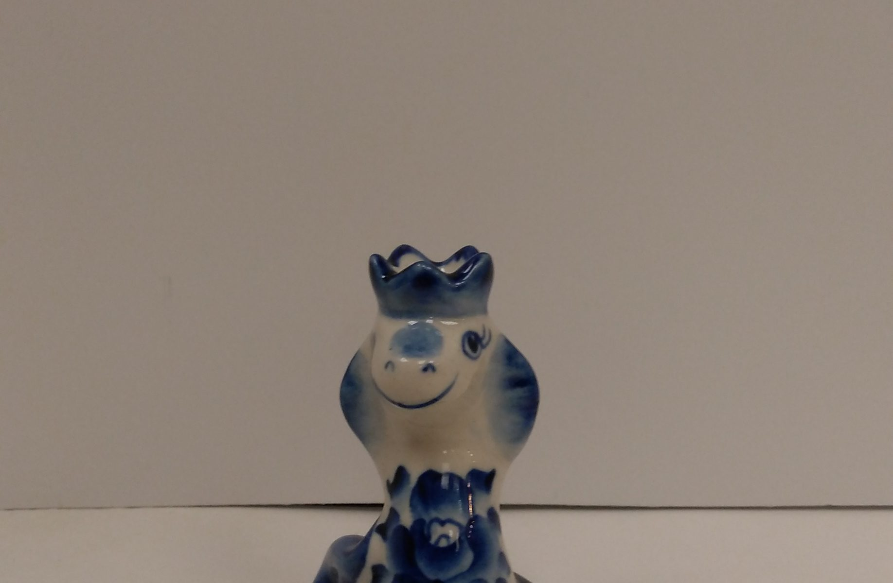 Snake Gzhel porcelain with Crown